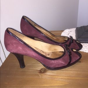 Cute Sofft leather heels. Dark red color